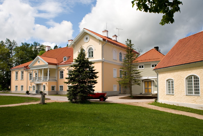 Vihula manor.